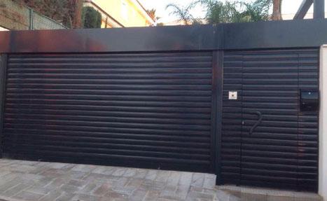 Puertas met licas exterior alcal de henares hnos orozco for Puertas metalicas modernas para exterior