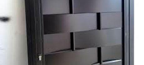 Puertas met licas exterior daganzo hnos orozco - Puertas de exterior metalicas ...